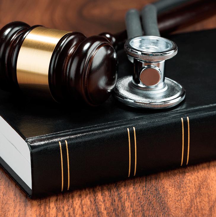Processo Contra Plano de Saúde Para Liberação de Transplante de Córnea Com Intralase